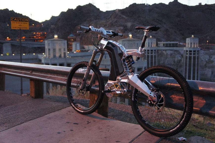 Ηλεκτρικό ποδήλατο The Beast από την M55.