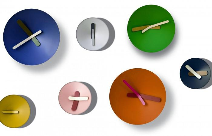 mozia-clock