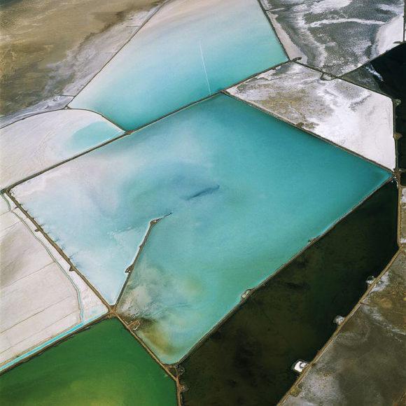 Απόκοσμες αεροφωτογραφίες από τον David Maisel.