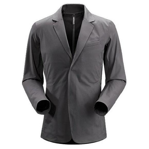Jacket Veilance της Arcteryx, με στυλ και τεχνολογία.