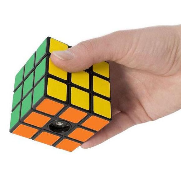 Μύλος πιπεριού Rubiks, απόλυτα ρετρό Design.