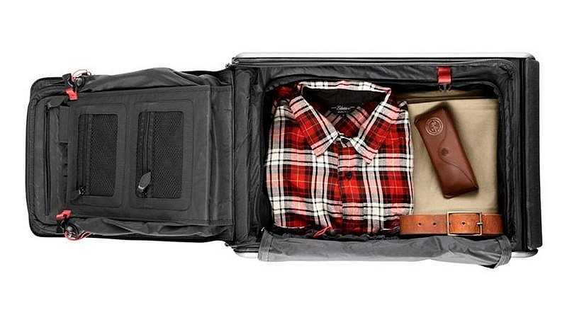 Trip Suitcase that Turns into a Chair by Travelteq.