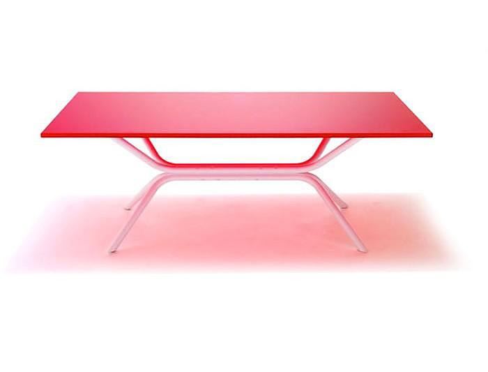 Γυάλινο τραπέζι του Ross Lovegrove για την Knoll.