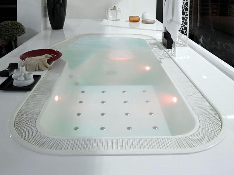 Faraway mini-pool by Ludovica & Roberto Palomba for Zucchetti KOS.