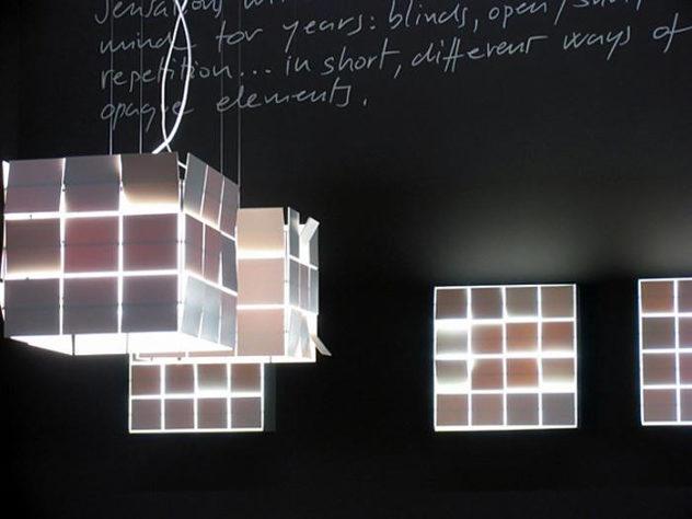 Cubrik-Lamp-by-Antoni-Arola-Ferrer-for-Santa-and-Cole