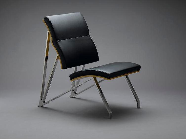 In-Ypsilon Chair