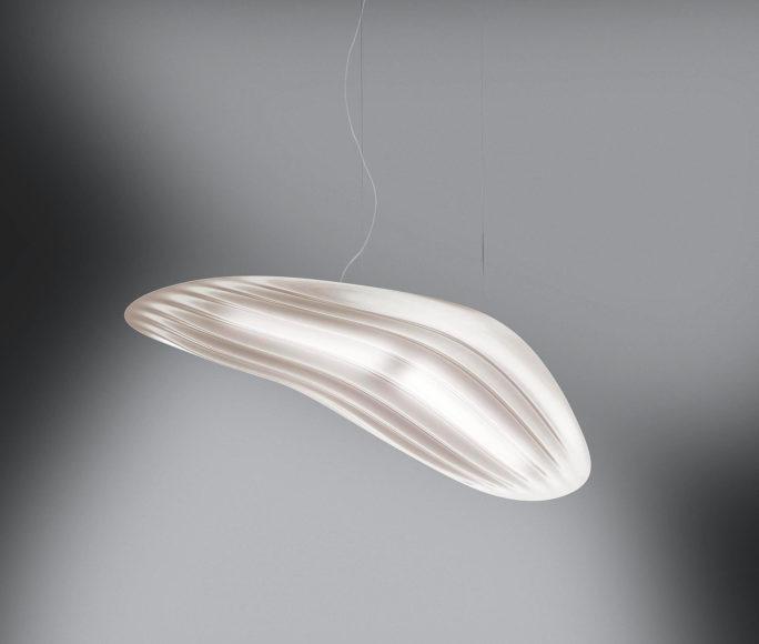Φουτουριστικό φωτιστικό R.RAY της Danese Milano.