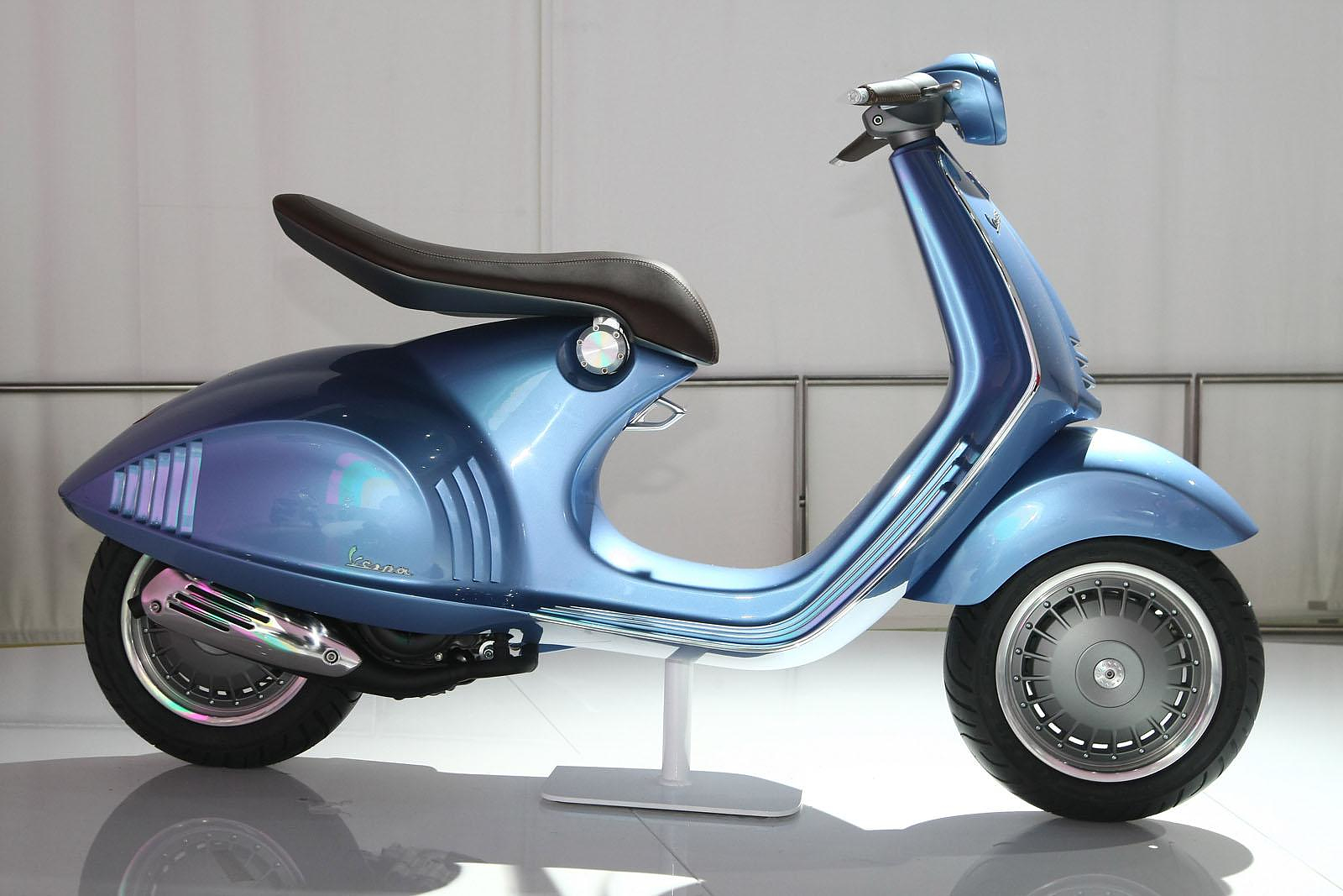 piaggio vespa 46 quarantasei design is this. Black Bedroom Furniture Sets. Home Design Ideas