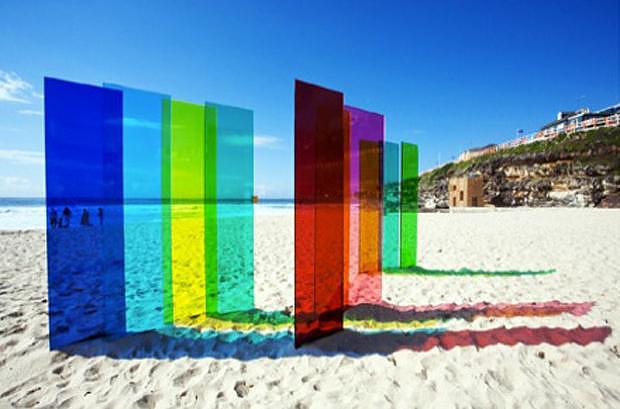 Τέχνη στην παραλία από τον Nicholas Elias.