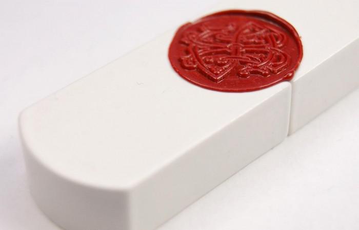 Top Secret USB Stick