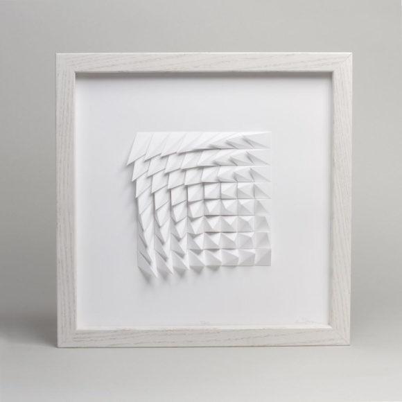 Πίνακες χαρτοκοπτικής Extraction Series από τον Matthew Shlian.