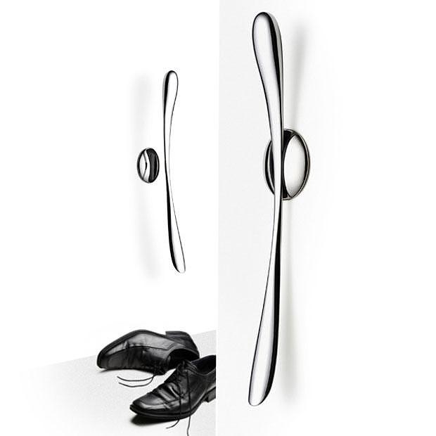 Menu Shoe Horn by Charles Wilson.