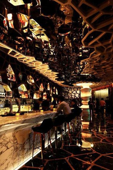 Ozone Bar της Wonderwall στο Ritz-Carlton Hong Kong.