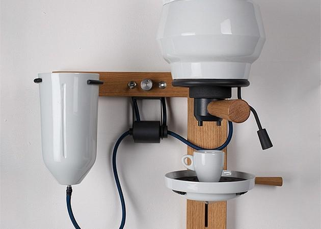 Porcelain Espresso Machine by Arvid Häusser