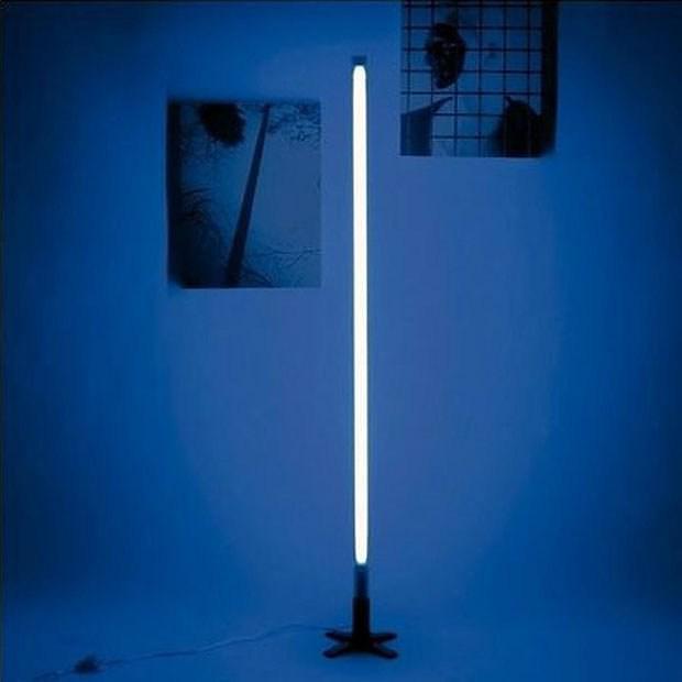 seletti fluobar fluorescent neon lamp design is this. Black Bedroom Furniture Sets. Home Design Ideas