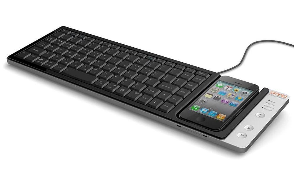 Omnio WOW-keys iPhone keyboard / Charging Dock