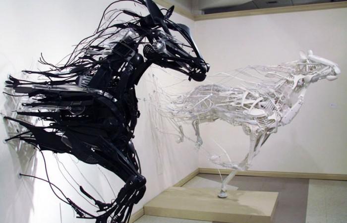 Animal Sculptures by Sayaka Ganz