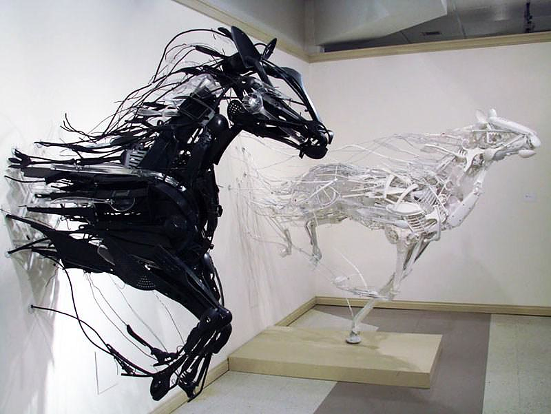 Animal Sculptures by Sayaka Ganz