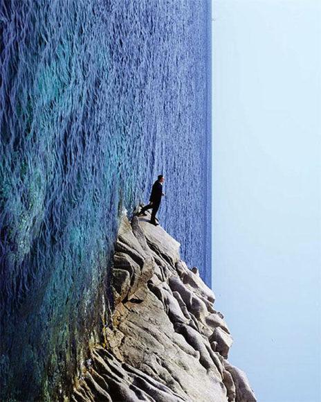 Οι σουρεαλιστικές φωτογραφίες του Philippe Ramette.