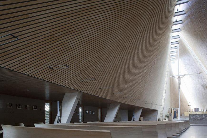 Modern Church Architecture by Javier Sordo Madaleno Bringas.