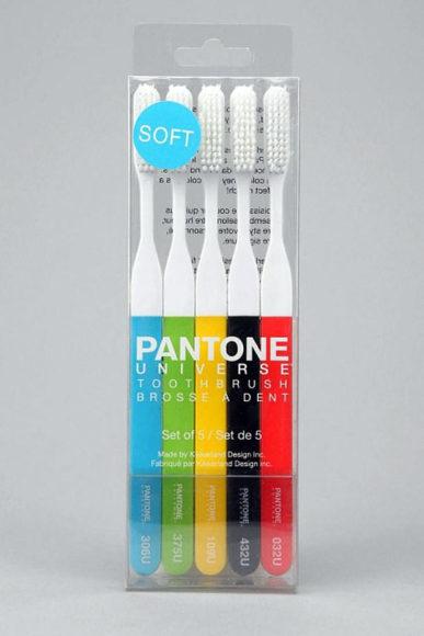 Οδοντόβουρτσα Pantone από την Kikkerland.