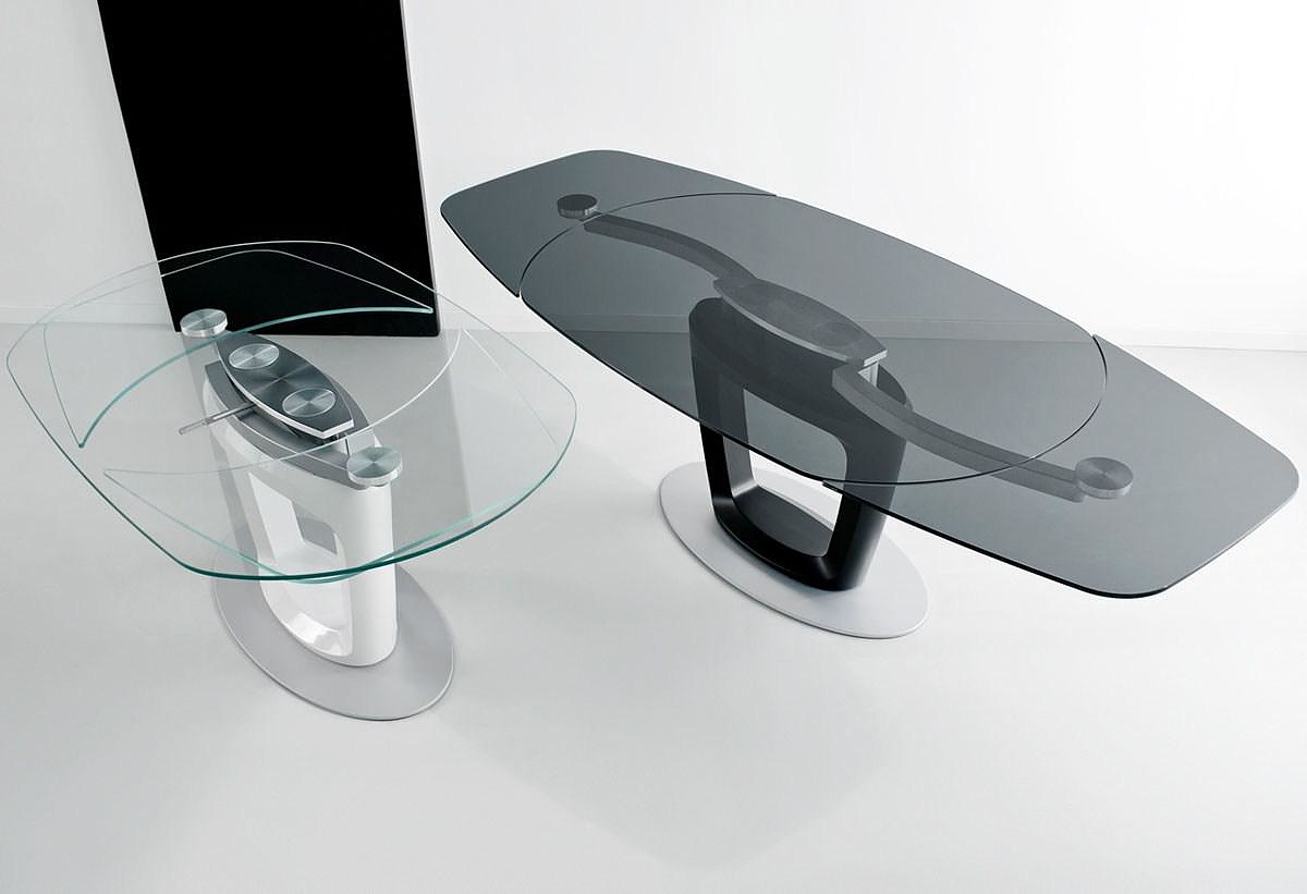 Calligaris Orbital Extending Table by Pininfarina. - Design Is This