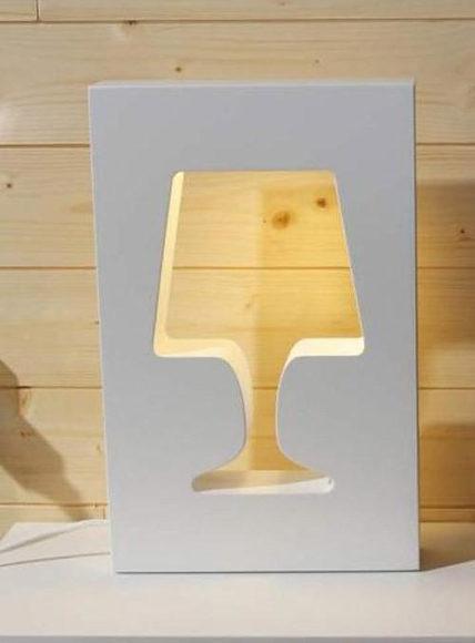 Επιτραπέζιο φωτιστικό Outlight της La Corbeille.