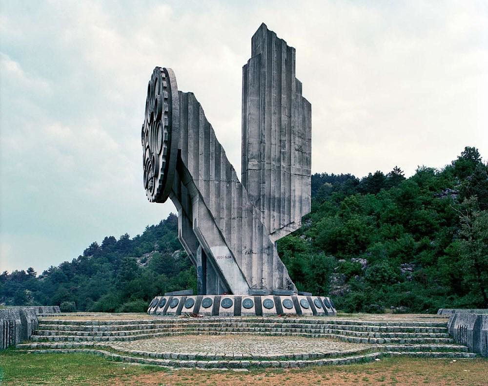 Spomenik The Monuments of Former Yugoslavia.