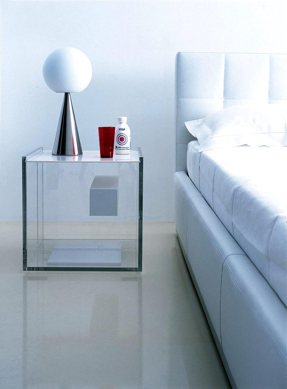 Zanotta Segreto Night Table: Futuristic yet Timeless.