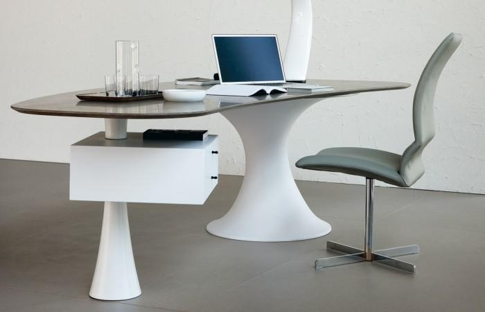 Cattelan Italia Nevada desk by Alberto Danese (1)