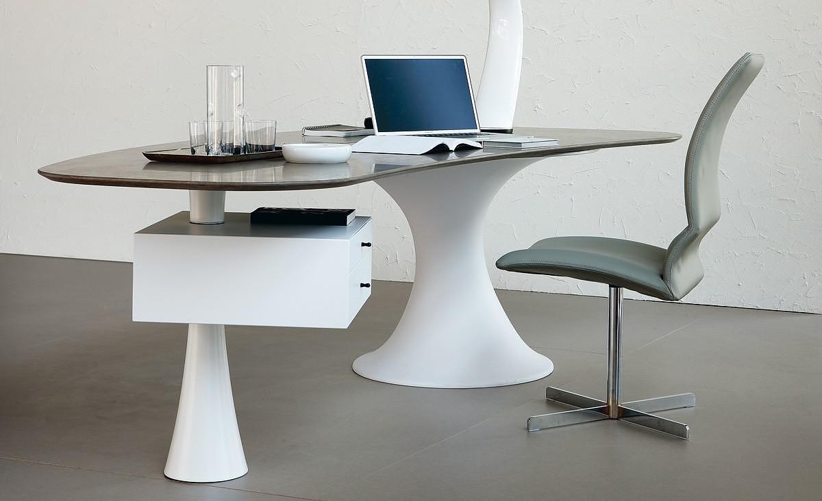 Cattelan Italia Nevada desk by Alberto Danese (1)