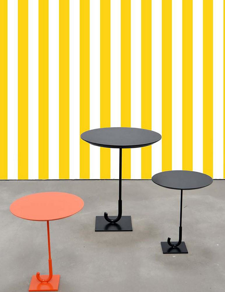 Surrealist furniture: Parapluie Table by Rakso Naibaf.