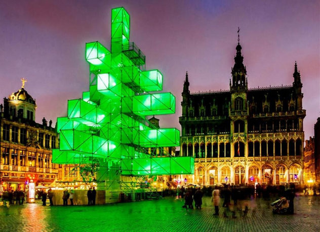 Christmas Tree Light Installation in Brussels (1)