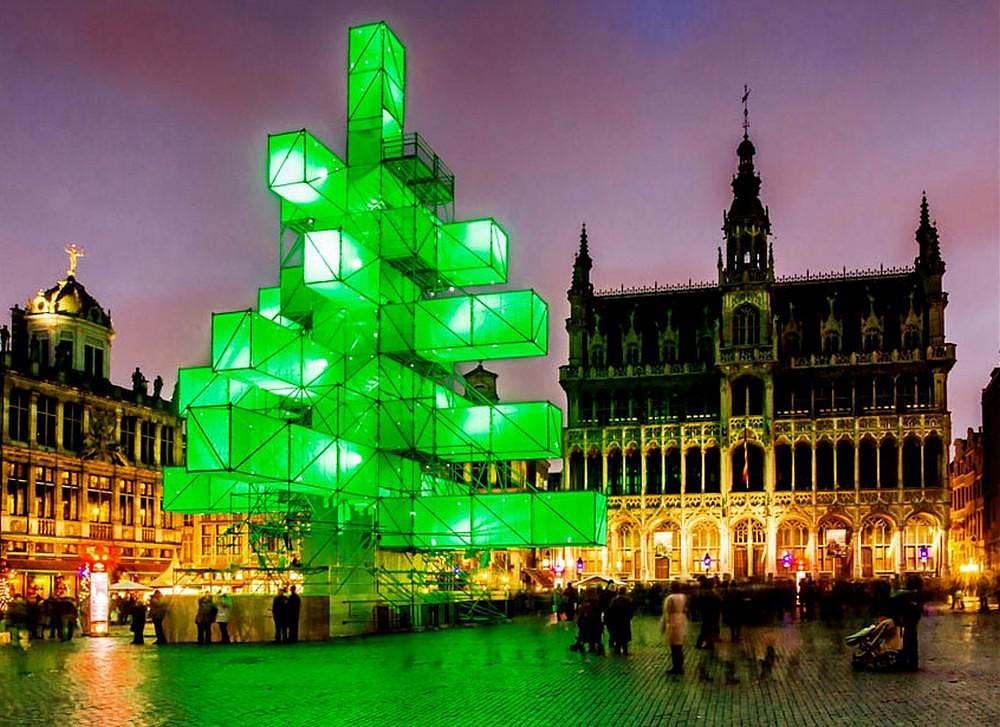 Christmas Tree Light installation in Brussels. - Design Is ...