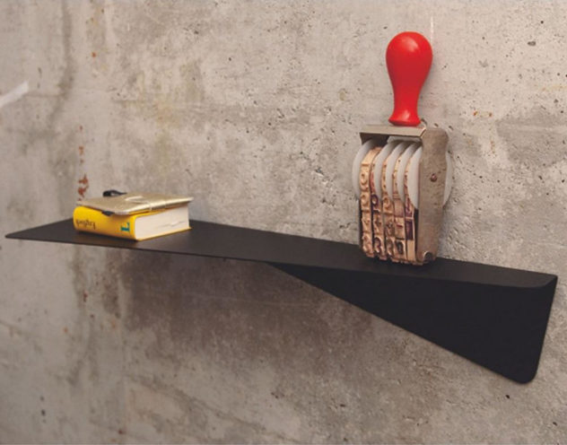 Knickding Shelf by Pulpo
