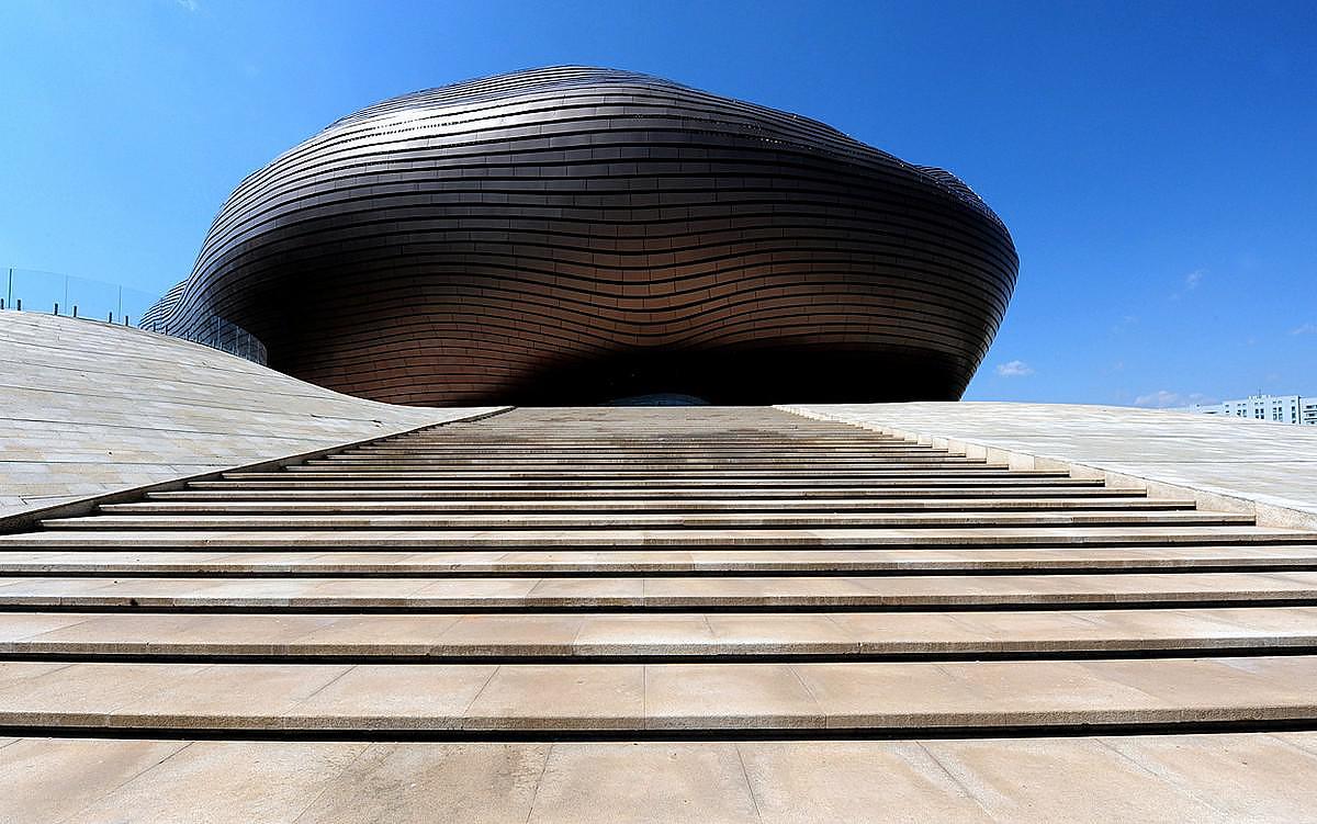 Ordos Museum: the pebble of Gobi desert
