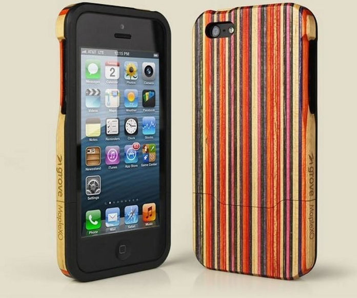 Skate Case a wooden iPhone case made from skateboard scraps.