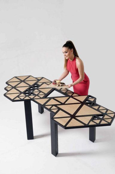 Γεωμετρικό τραπέζι Swarm της Natalie Goldfinger.