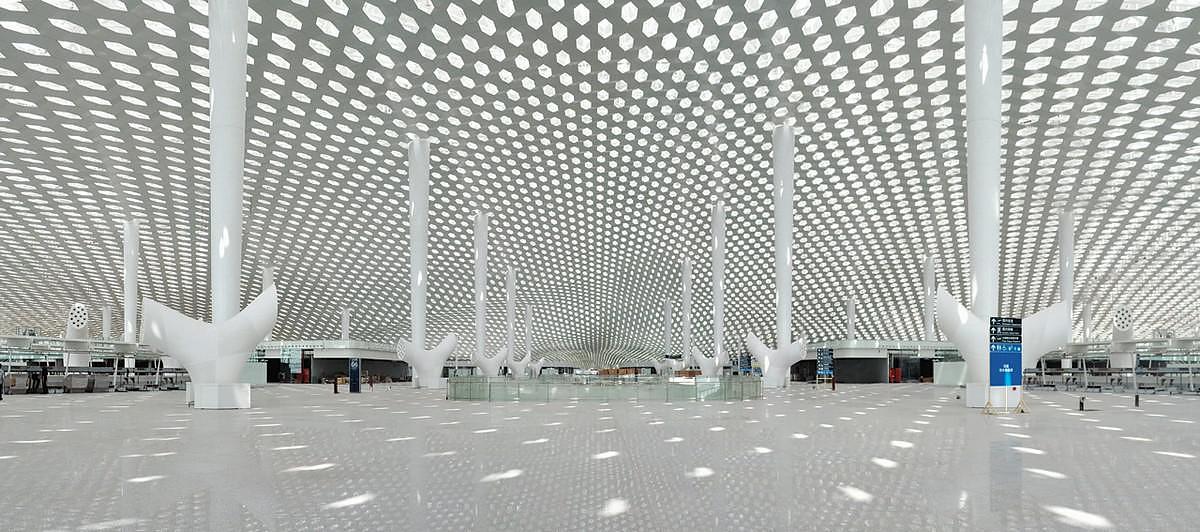 Το διαστημικό Terminal 3 στο αεροδρόμιο Shenzhen Bao'an από το Studio Fuksas.
