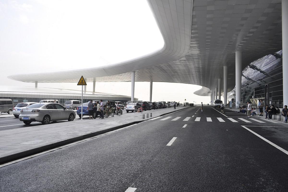 Terminal 3 Of Shenzhen Airport By Studio Fuksas Desihn