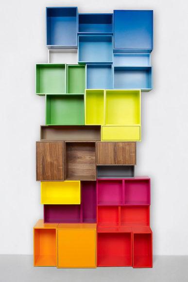 Πολυχρηστικά ράφια Cubit σε απίθανα χρώματα.