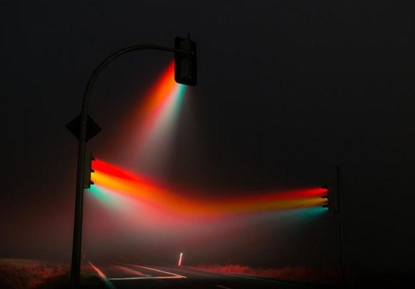 Misty Traffic Lights photography by Lucas Zimmermann
