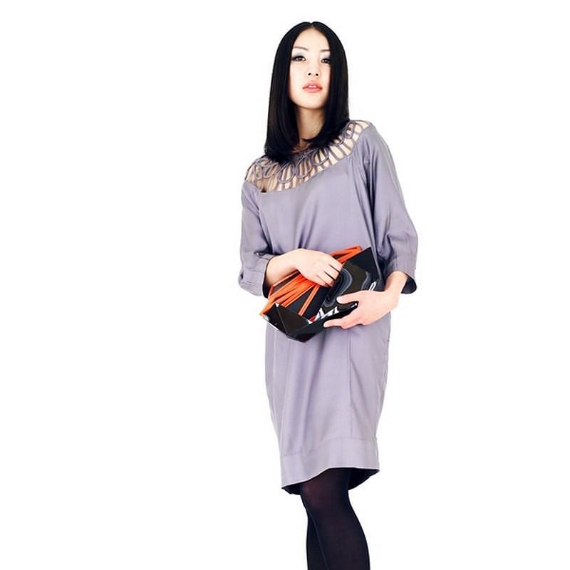 Orishiki, an Origami inspired Clutch Hand Bag by Naoki Kawamoto.