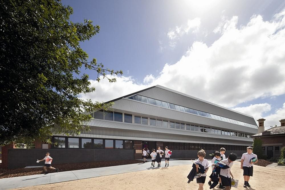PEGS Junior School by McBride Charles Ryan – MCR.