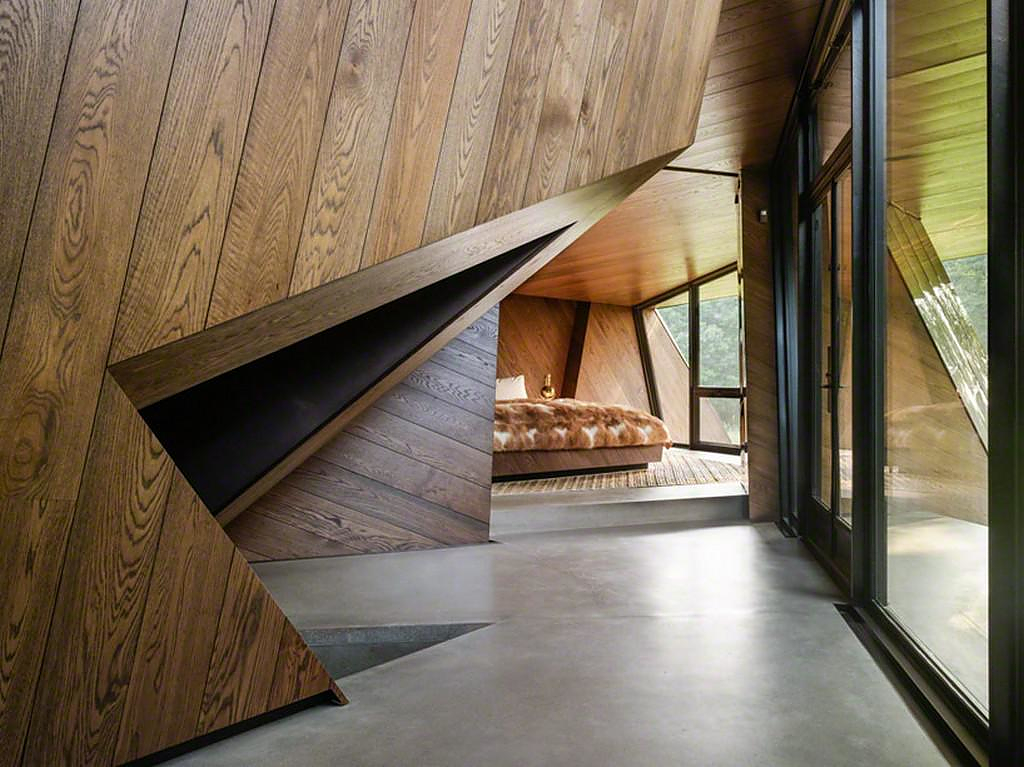 House by daniel libeskind design is this for Daniel libeskind architectural style