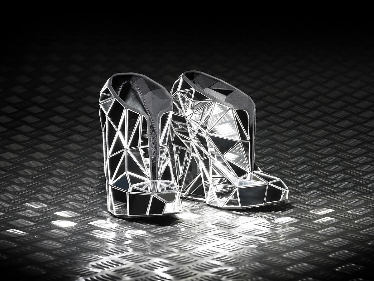 Invisible Shoe Collection by Andreia Chaves.