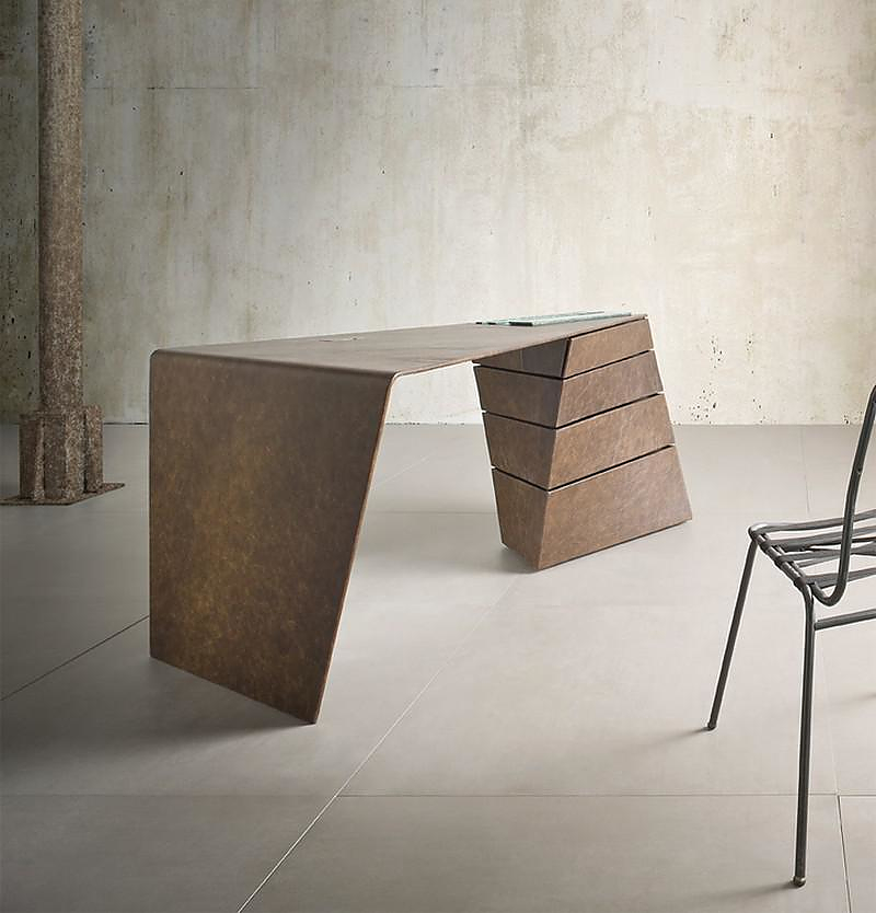 The Torque Desk by I M Lab.