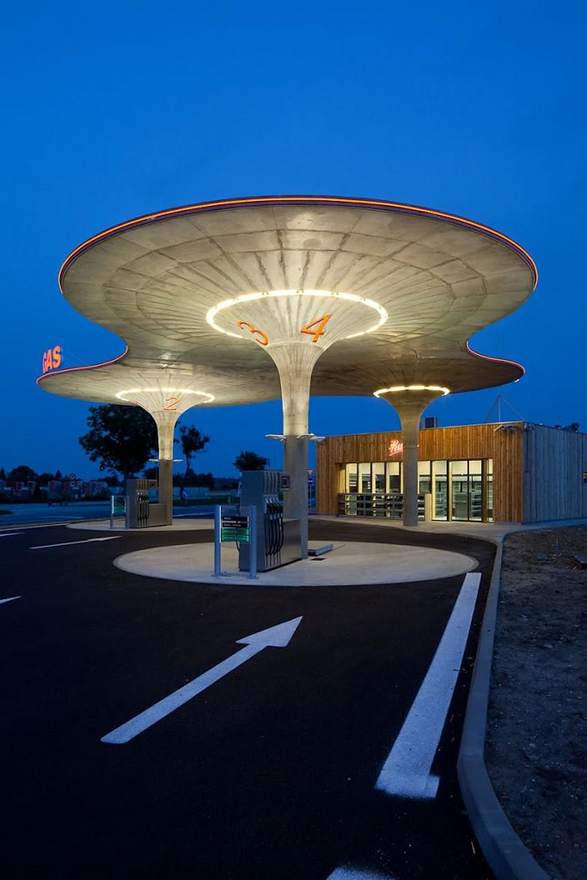 A Design Gas Station by Atelier SAD.