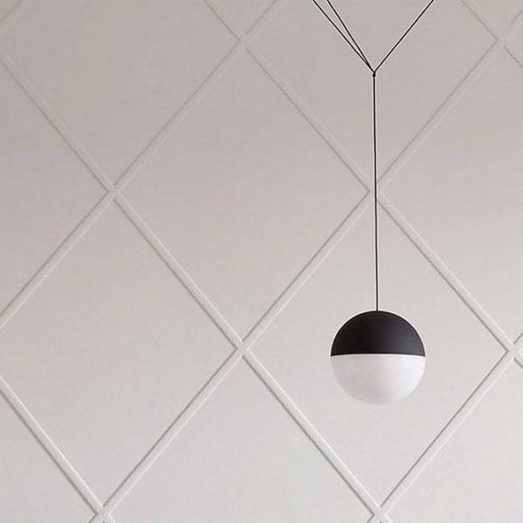 Ο Μιχάλης Αναστασιάδης δημιουργεί τα String Lights για την Flos.