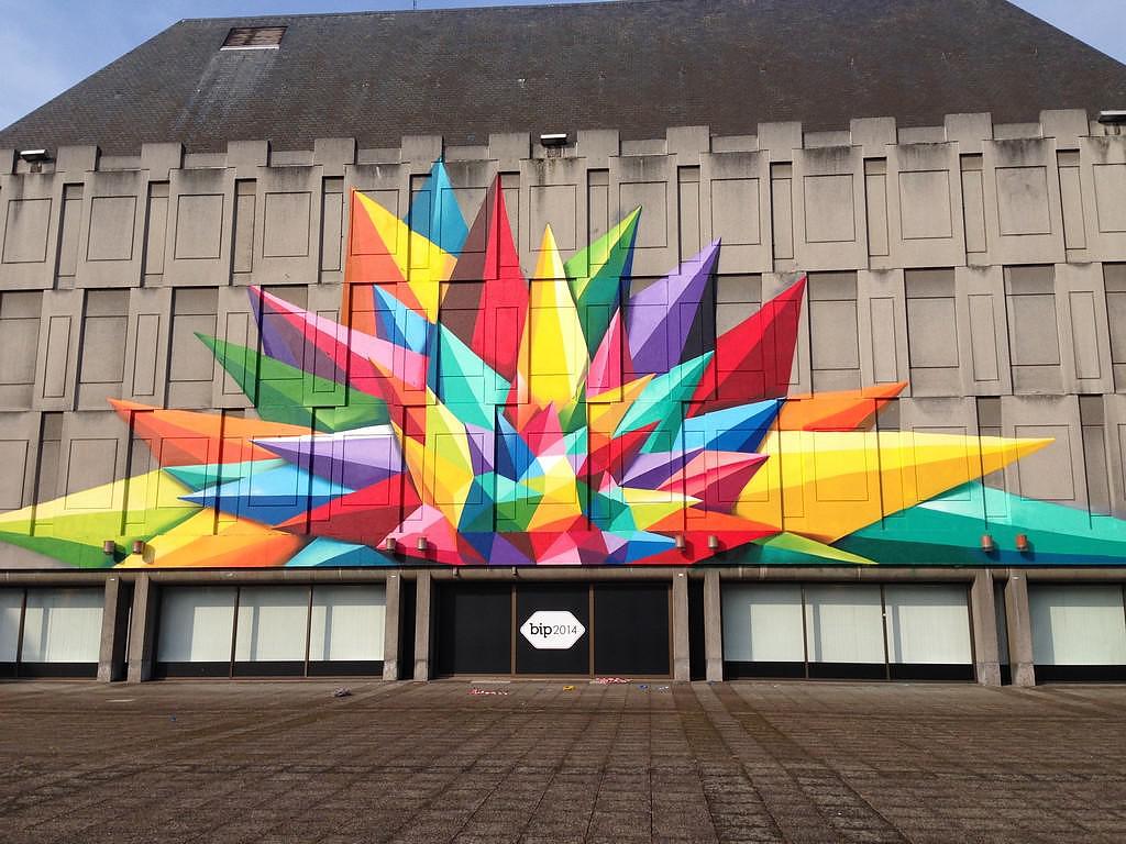 colorful wall graffiti by oscar okuda san miguel. Black Bedroom Furniture Sets. Home Design Ideas